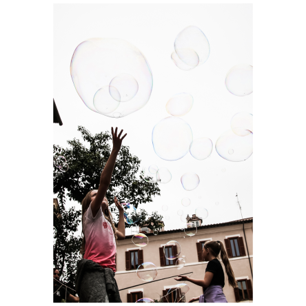 Kids and bubbles 3