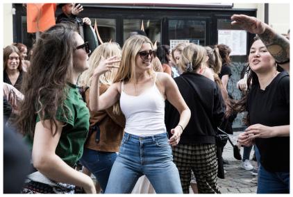 """""""Street dancers-d"""""""