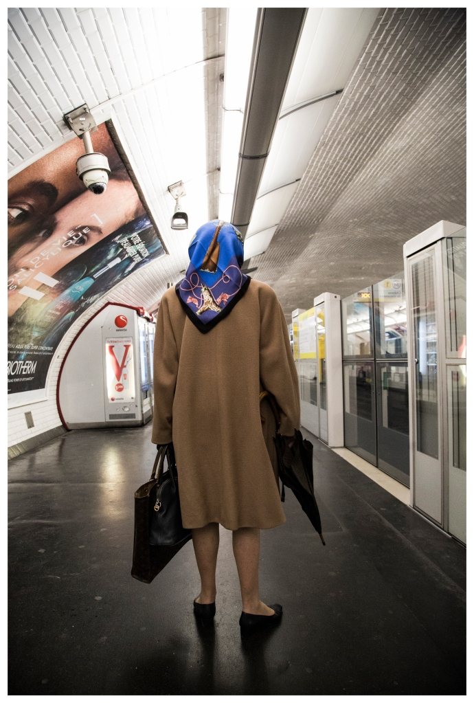 """French metro wait"""